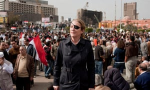 Marie Colvin covering the Egyptian uprising in Tahrir Square, Cairo, Egypt, in 2011