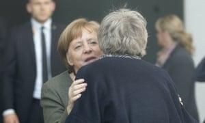 Angela Merkel welcomes Theresa May