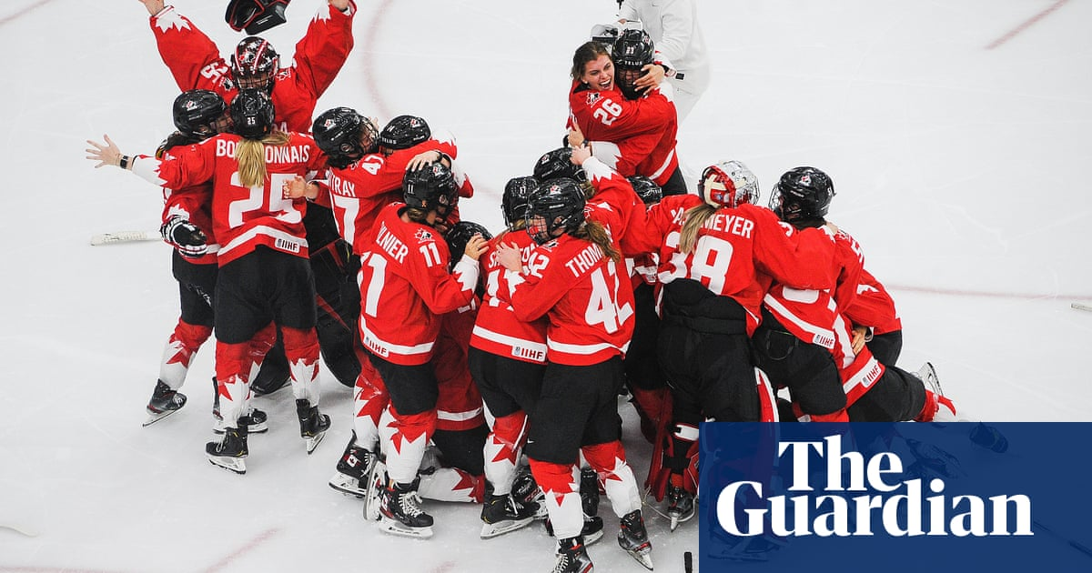 Canada upset USA in OT thriller to become women's ice hockey world champions