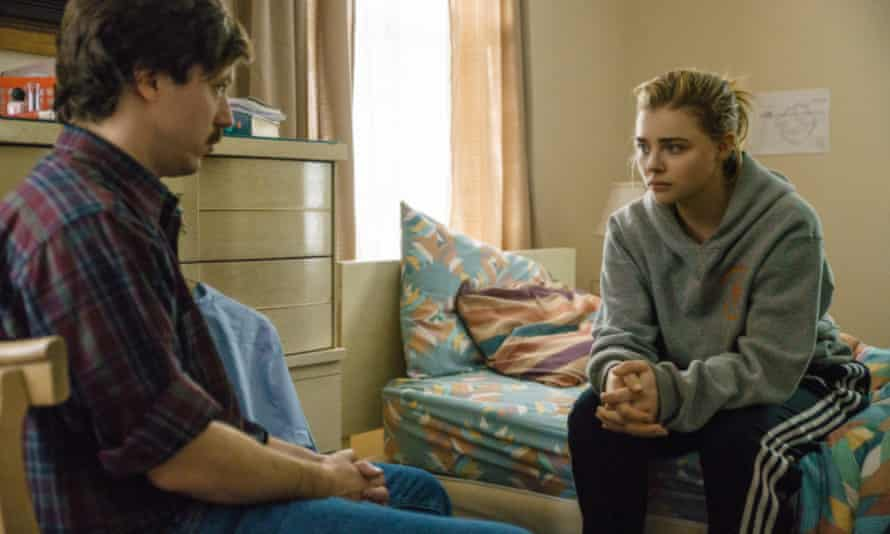 John Gallagher Jr and Chloe Grace Moretz in The Miseducation of Cameron Post