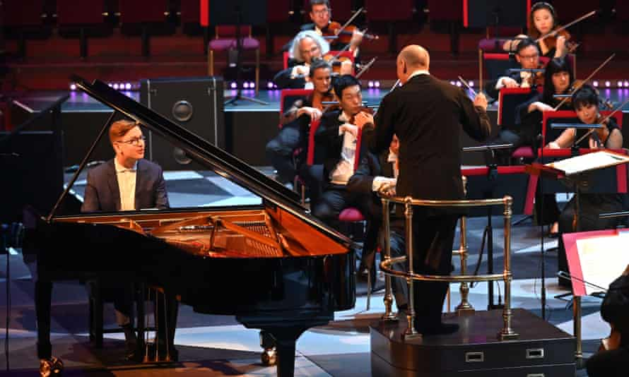 Never indulgent, never exaggerated... Vikingur Olafssonwith Paavo Jarvi and the Philharmonia at the BBC Proms