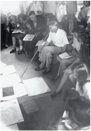 What a performance ... Josef Albers teaching at Black Mountain College, ca.1948.