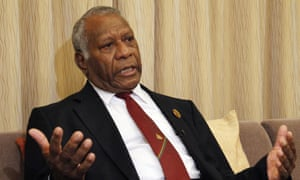 Vanuatu president Baldwin Lonsdale has revoked the pardons granted to 14 MPs while he was out of the country.