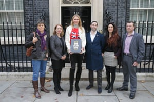 The Long Live the Local petition, which is backed by Britain's Beer Alliance, being handed in at Downing Street today.