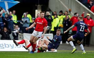 Graham celebrates scoring Scotland's first try with Byron McGuigan.