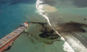 Oil leaking from the MV Wakashio, which ran aground off the south-east coast of Mauritius