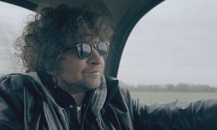Eddie Marsan as Bob Dylan.