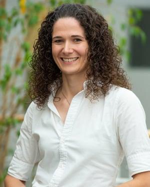Dr Tara Reich