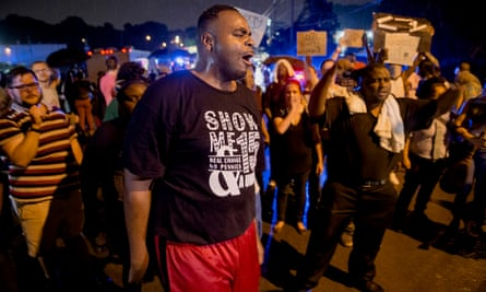 Memphis Activist Antonio Cathey demonstrating at the annual vigil for Elvis Presley at Graceland.