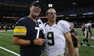 Ben Roethlisberger and Drew Brees after a Steelers-Saints game in 2016