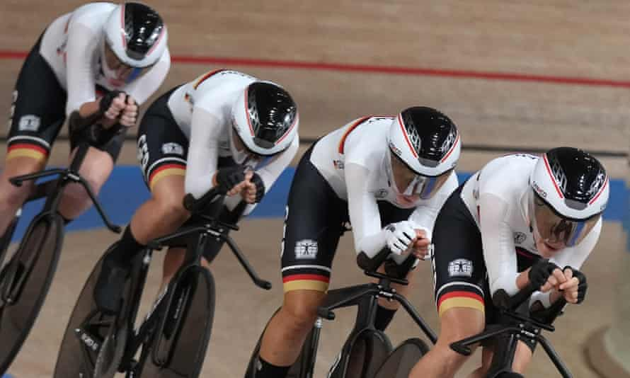 Germany raced to gold in the women's team pursuit competition.