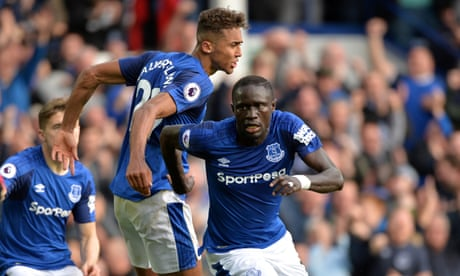 Oumar Niasse scores twice to give Everton victory over Bournemouth