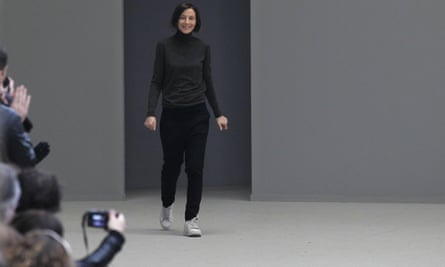 A trainer-wearing Phoebe Philo