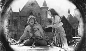 Lon Chaney as Quasimodo and Patsy Ruth Miller as Esmeralda in the 1923 film version.