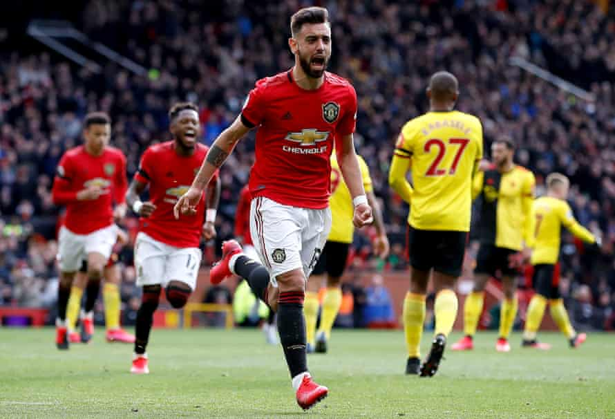 Manchester United's Bruno Fernandes celebrates scoring the opening goal.