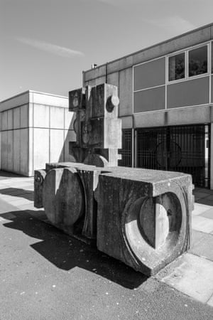 Charles Anderson, Concrete Sculpture, Bannerman High School, Baillieston, Glasgow 1976–77
