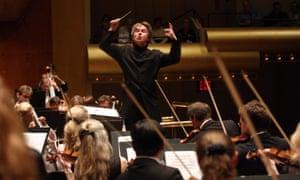 Esa-Pekka Salonen leading the Philharmonia Orchestra.