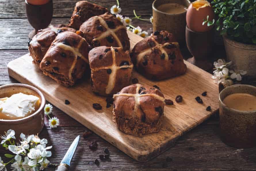 Hot Cross Bun, English Chocolate Petit for Good Friday Hot Cross Bun, English Chocolate Petit for Good Friday