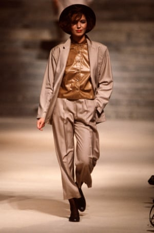 A model in an androgynous suit on Kenzo's commercially successful spring/summer 1984 catwalk.