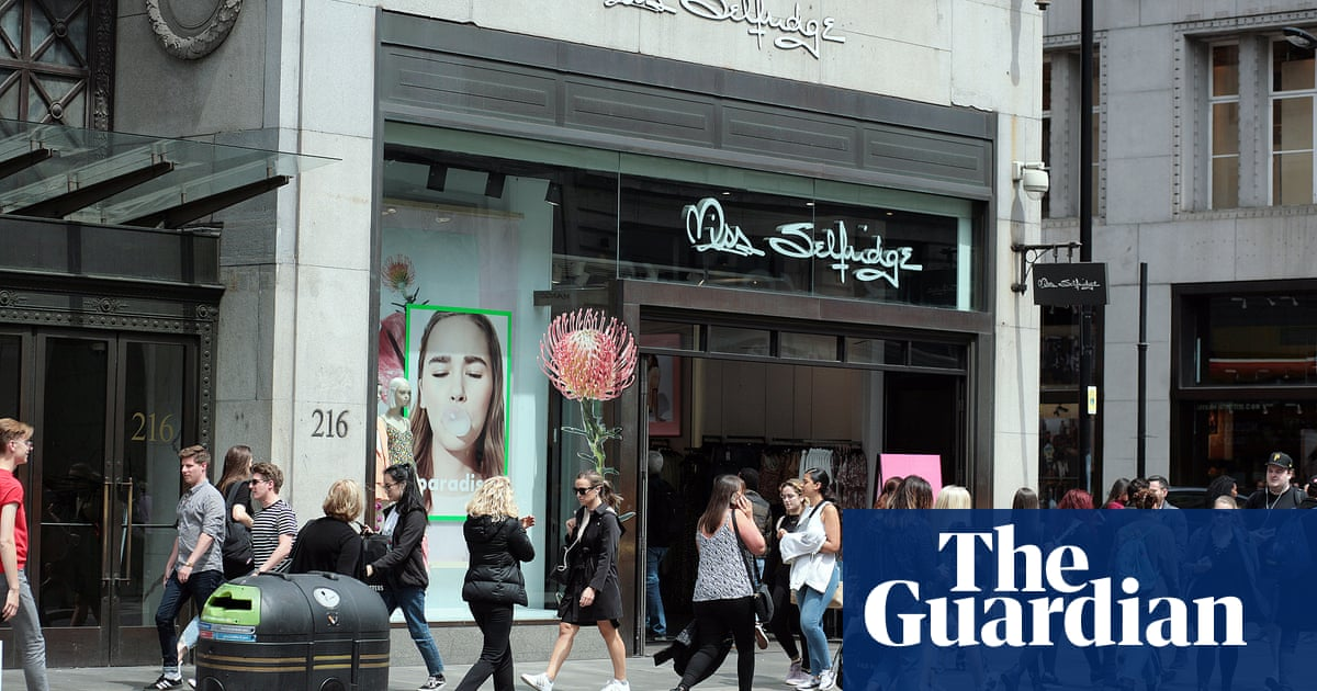 Miss Selfridge reports £17.5m loss as store closures continue