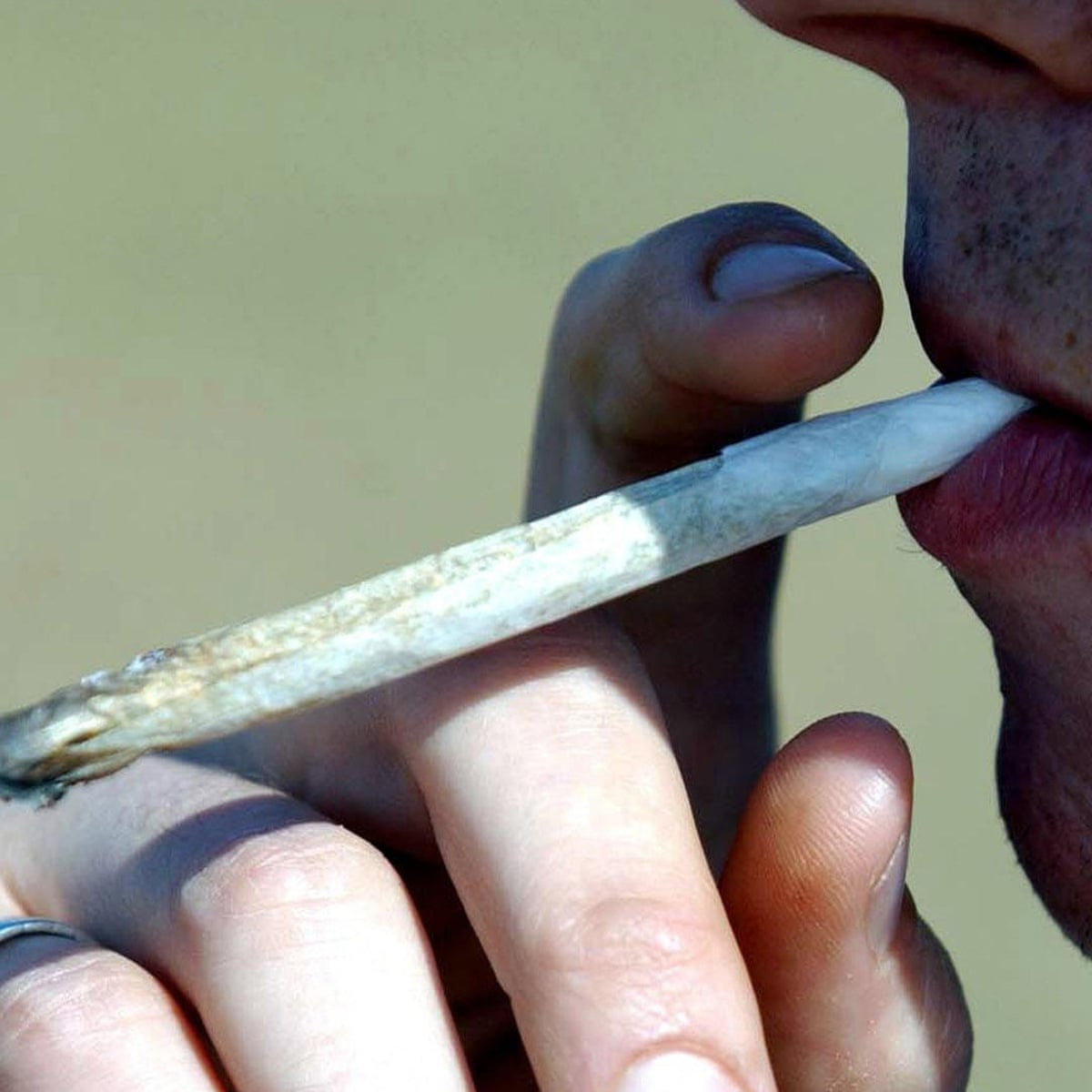 Pics of teens somking weed