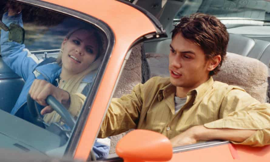 Busy Philipps as Kim Kelly and James Franco as Daniel Desario in Freaks and Geeks.