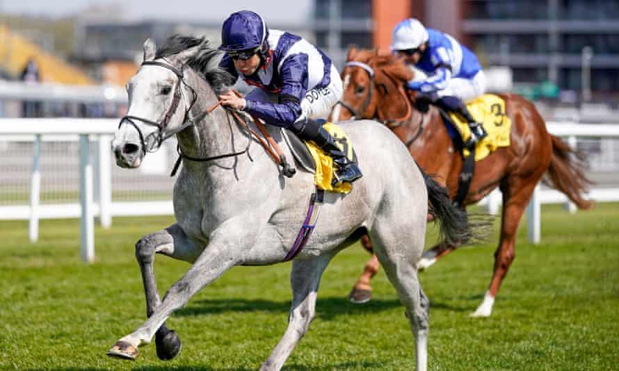 Snow Lantern wins the Maiden Stakes at Newbury