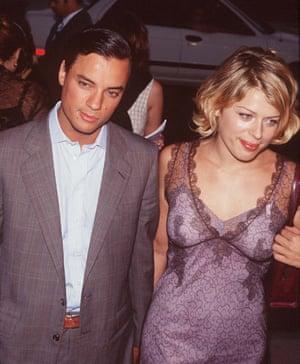 Kamen with girlfriend Amanda De Cadenet at a film premiere in 2002