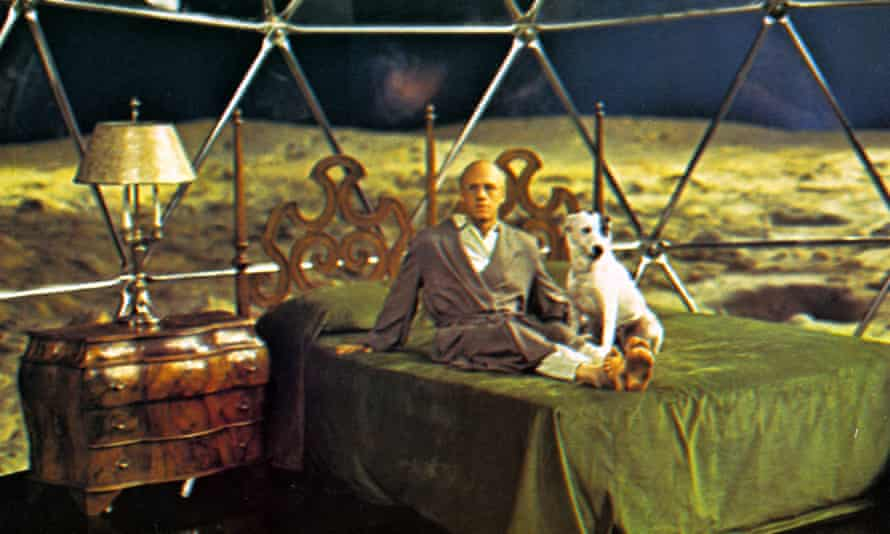 Shot from the 1972 film Slaughterhouse-Five.