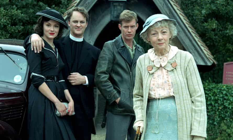Geraldine McEwan (far right) as Miss Marple in the 2004 ITV adaptation of Murder at the Vicarage.