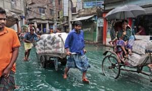 Cyclone Roanu hits Bangladesh