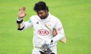Kumar Sangakkara waves farewell to first-class cricket.