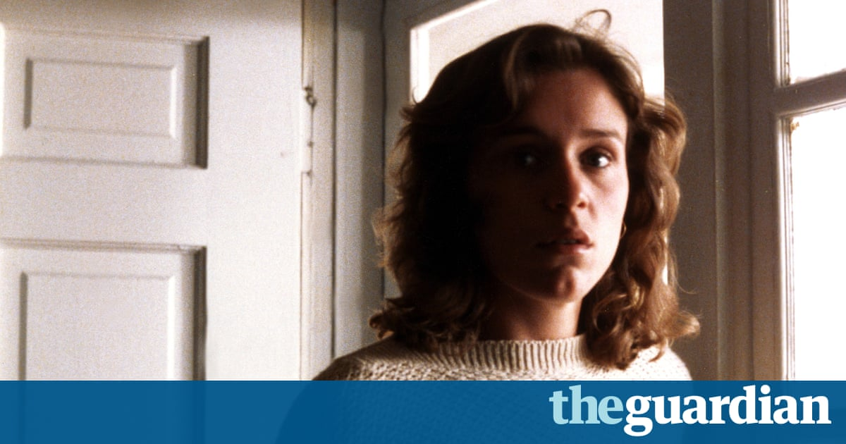 Blood Simple: Director's Cut review – Coens' debut is an ingeniously horrible noir masterwork