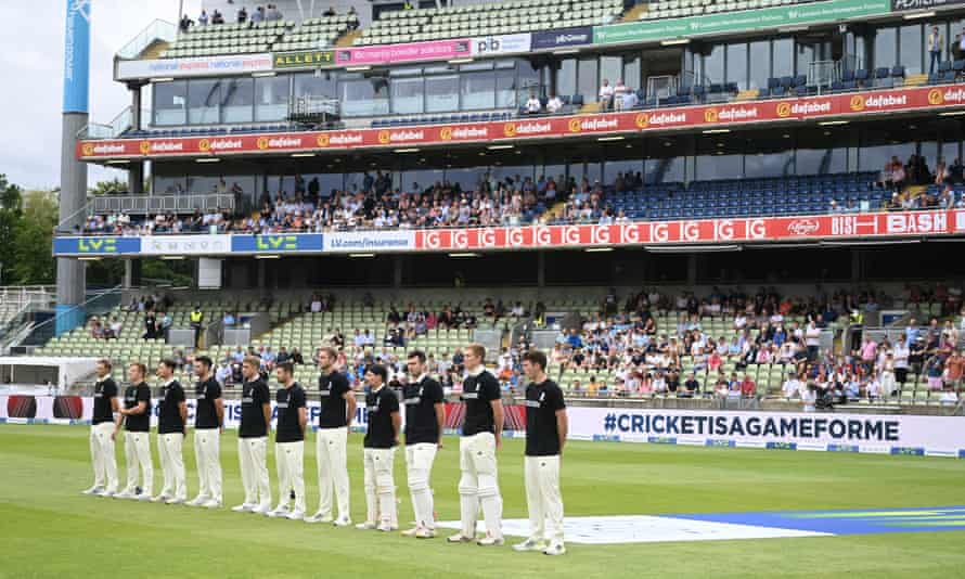 England players in anti-discrimination T-shirts before the second Test against New Zealand at Edgbaston.
