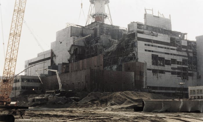 Chernobyl disaster site enclosed by shelter to prevent