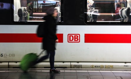Industry observers say one of the main problems is that for years the transportation of German passengers has only made up about 30% of Deutsche Bahn's main business.