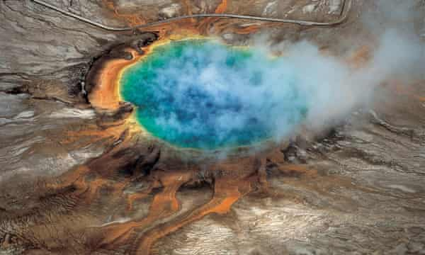 Yellowstone national park's Grand Prismatic hot spring.