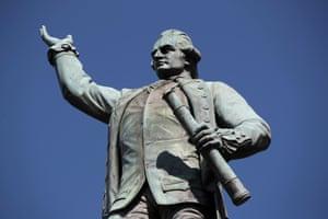 Captain Cook statue in Hyde Park, Sydney