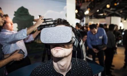 Google unveils its Daydream VR headset