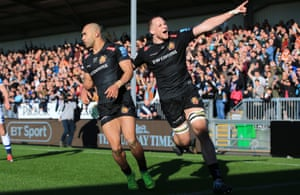 Exeter Chiefs' Jonny Hill (right) celebrates with Olly Woodburn, after Woodburn scores a try during the Gallagher Premiership match at Sandy Park