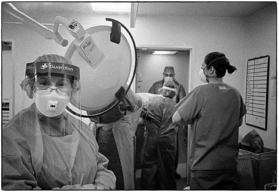 Waiting in turn to doff PPE after an infected case