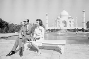 Jacques Chirac visiting the Taj Mahal with his wife, Bernadette, in January 1976