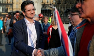 Steve Baker with pro-Brexit protesters on 29 March.