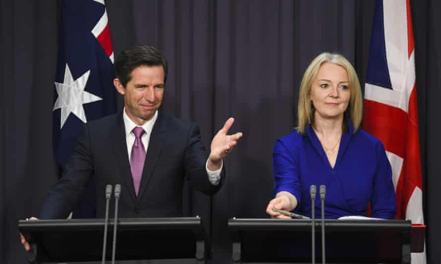Liz Truss, with Australia's trade minister, Simon Birmingham