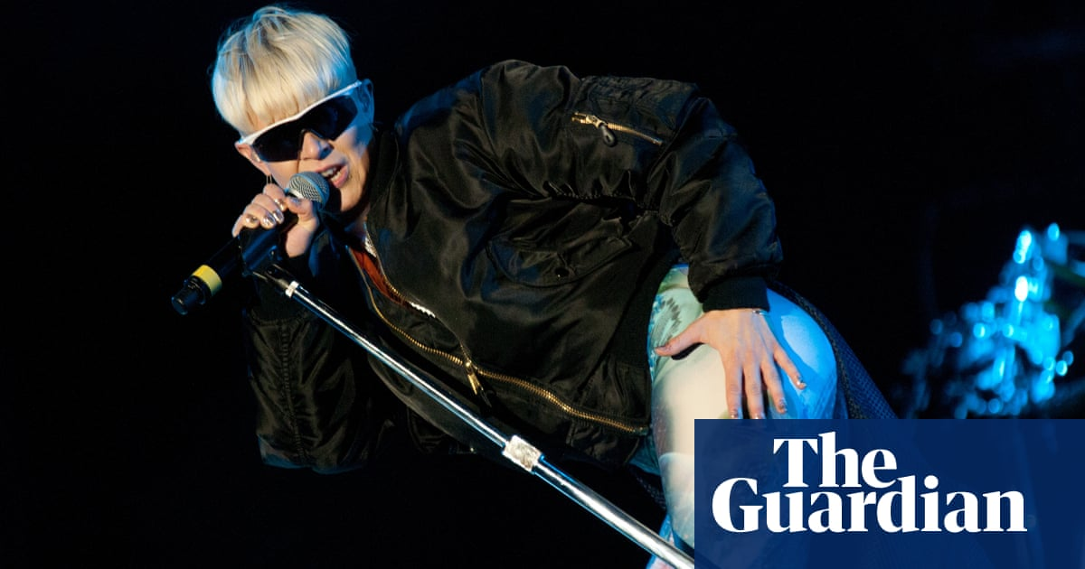 Robyn: how her banana-eating stage antics redefined my concept of punk