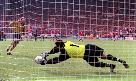 Sasa Ilic saves Michael Gray's penalty to take Charlton back to the Premier League in 1998.