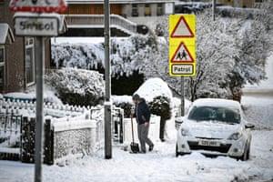 Snowy conditions in Thrashbush, Scotland