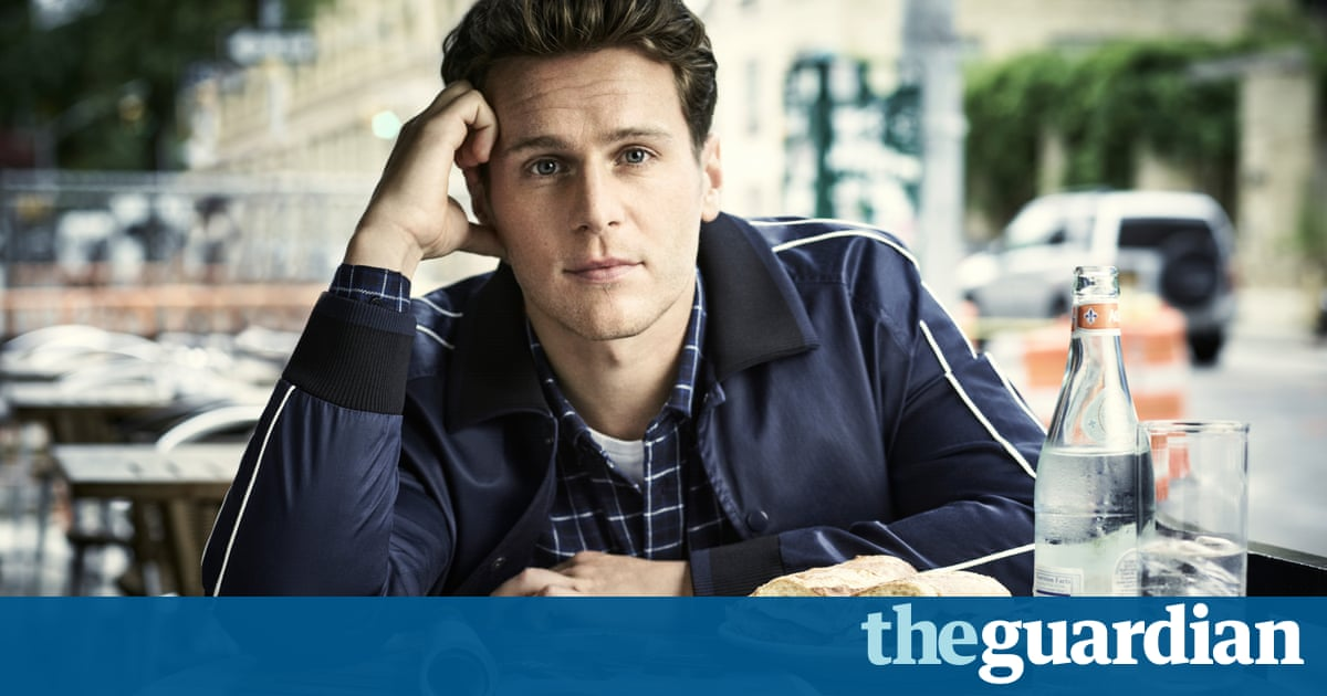 Jonathan Groff on Mindhunter: 'I walked into makeup and saw a scalped woman's head'