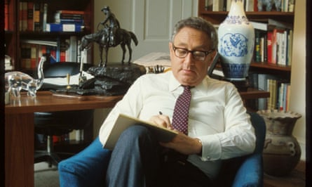 Former US Secretary Of State Henry Kissinger Sits In An Office383230 04: (No Newsweek - No Usnews) Former Us Secretary Of State Henry Kissinger Sits In An Office In Washington, Dc, circa 1975. Kissinger Served As The National Security Advisor To President Richard M. Nixon, Shared The Nobel Peace Prize For Negotiating A Cease-Fire With North Vietnam, And Helped Arrange A Cease-Fire In The 1973 Arab-Israeli War. (Photo By Dirck Halstead/Getty Images)