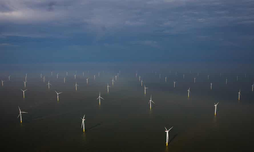 More than £1bn of future investment in renewable energy projects disappeared over the course of 2016, thinktank finds.